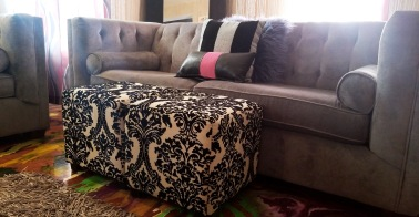 Airbnb Alb living room